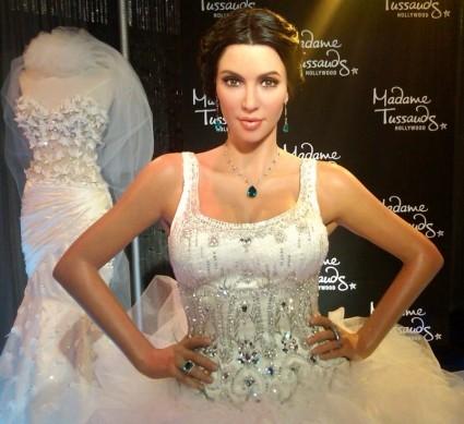 Poupée-de-cire-Kim-Kardashian.jpg