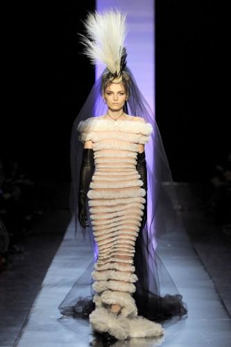 jean-paul-gaultier-couture-ete-2011-13.jpg
